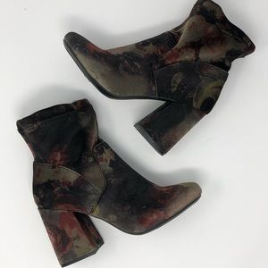 =A NEW DAY=VELVET FLORAL CHUNKY HEEL ANKLE BOOT